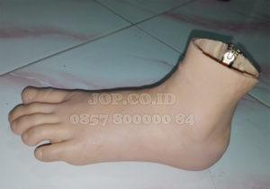 kaki palsu glove
